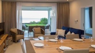 Modern beachfront apartment in Roches Noires