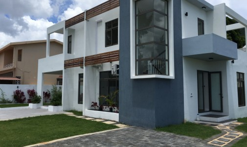 Brand new house in Tamarin