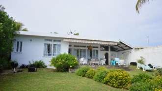 Villa pieds dans l'eau à Cap Malheureux