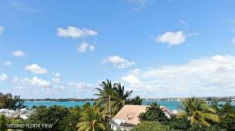 Sea View Apartments-Located in the heart of Pointe aux Cannoniers