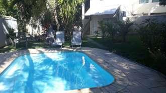 Maison de 3 chambres + 1 stodio indépendant avec piscine à louer à Pereybere.